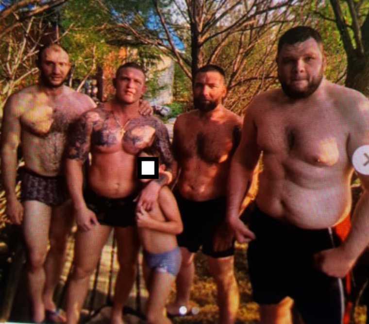Бойцы, стоявшие в Екатеринбурге против сквера, ушли в бизнес. Начался передел рынка ритуальных услуг