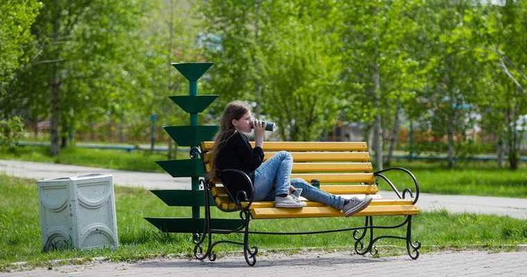 В Ханты-Мансийске скамейки