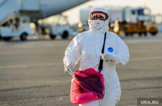 Голикова предложила сохранить выплаты медикам за работу с коронавирусом