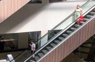 Екатеринбург ребенка затянуло эскалатор трц