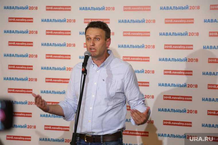 Навальный работает спецслужбы запада
