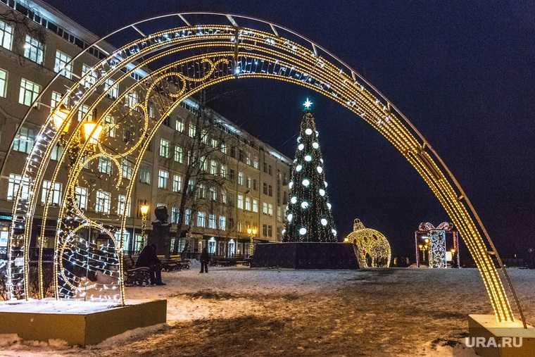 строительство ледового городка на эспланаде Пермь