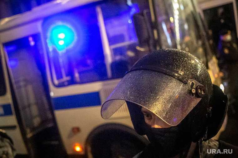 Полиция петербурга извинилась перед избитой силовиком женщиной
