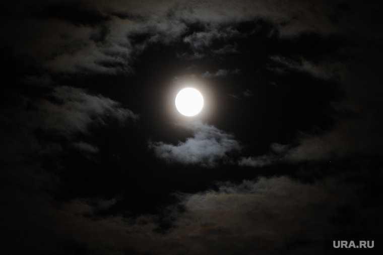наблюдение за луной в Усть-Куте