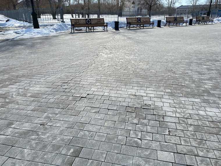 Историческая площадь в Тобольске пошла трещинами. Не ее реставрацию ушла четверть миллиарда