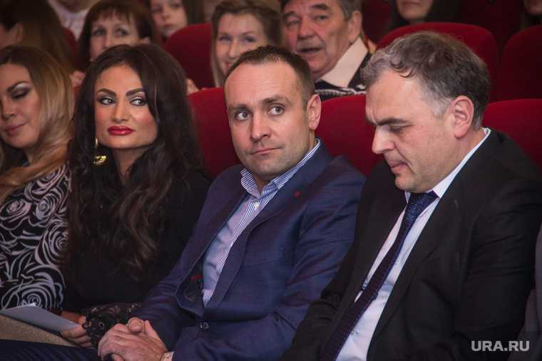 Челябинская область губернатор Борис Дубровский сын Александр гитара фото видео