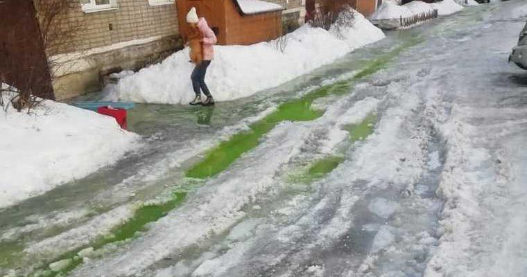 Кушва зеленая вода Свердловская область