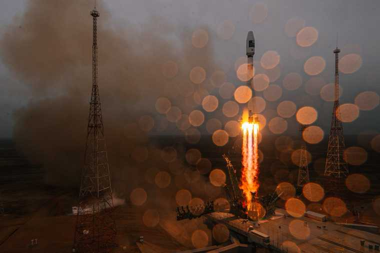ракета китай запуск ступень атмосфера