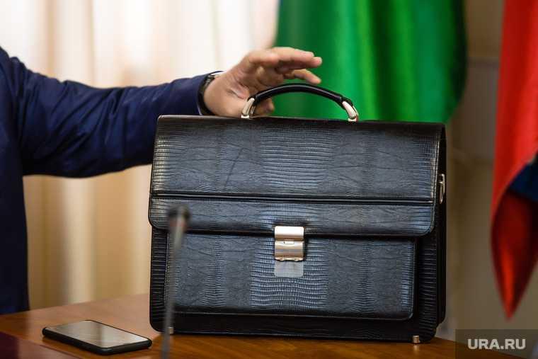 новости хмао инаугурация мэра главы нижневартовского района повторно назначен переизбран на прежнюю должность торжественная церемония выборы мэра переизбрание