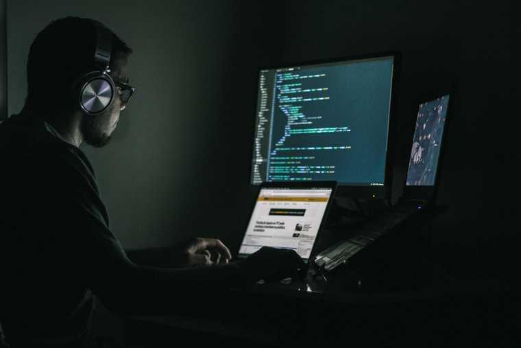 REvil хакер атака неизвестный киберпреступник