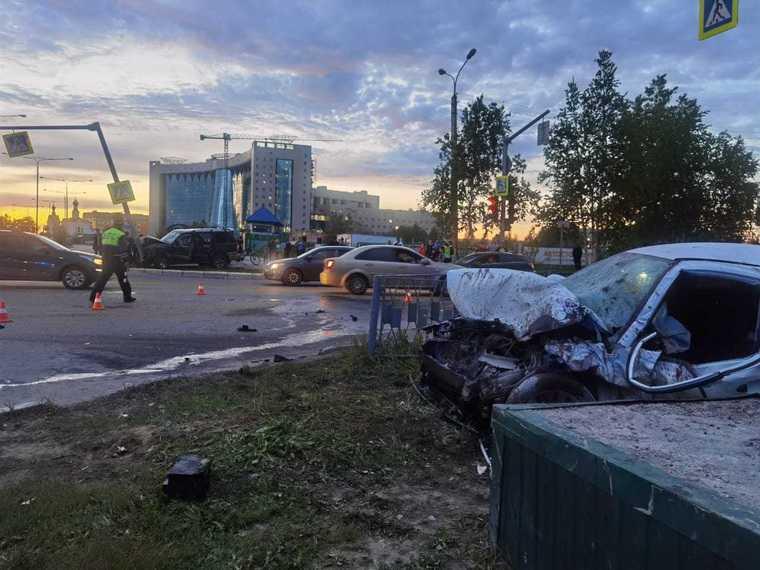 В ХМАО произошло второе смертельное ДТП за сутки. Фото